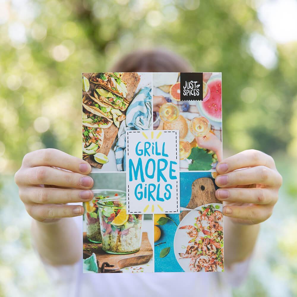 Grillmoregirls Box