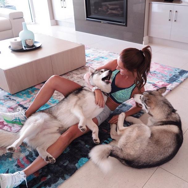 kayla itsines dog-
