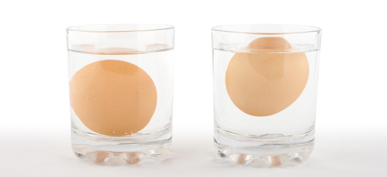 Haltbarkeit Eier: Schwebetest