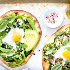 Avocado-Frühstücks-Pizza
