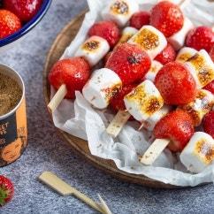 Erdbeer-Marshmallows vom Grill