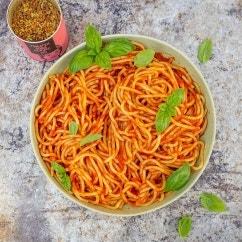 Spaghetti mit schneller Tomatensoße