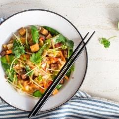 Wokgemüse mit Tofu