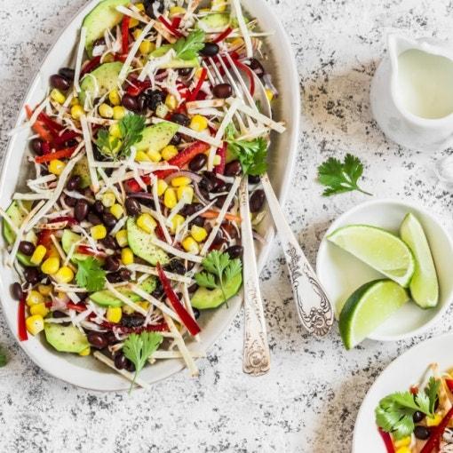 Bohnen-Mais-Avocado-Salat