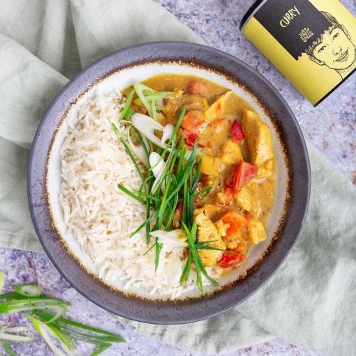 Paprika Curry mit Hähnchen und Mango