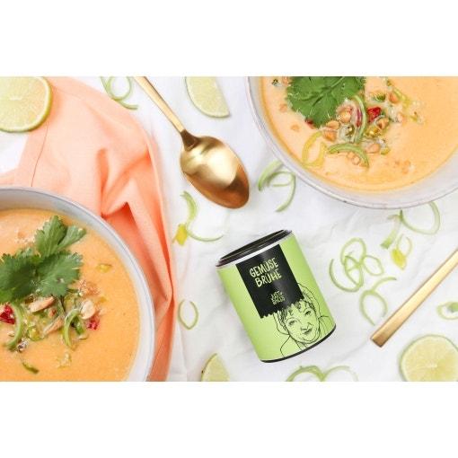 Süßkartoffelsuppe mit Koriander-Limetten-Topping