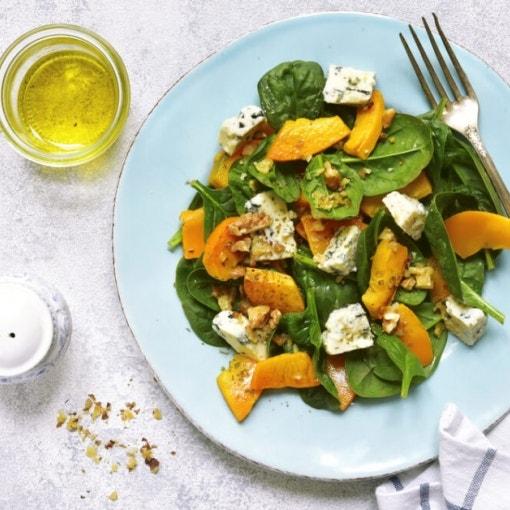 Kürbis-Spinat-Nuss Salat