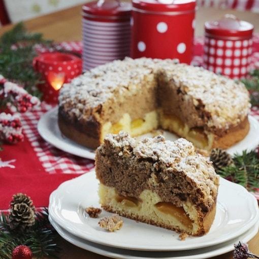 Marmorkuchen mit Gebrannte-Mandeln-Streusel