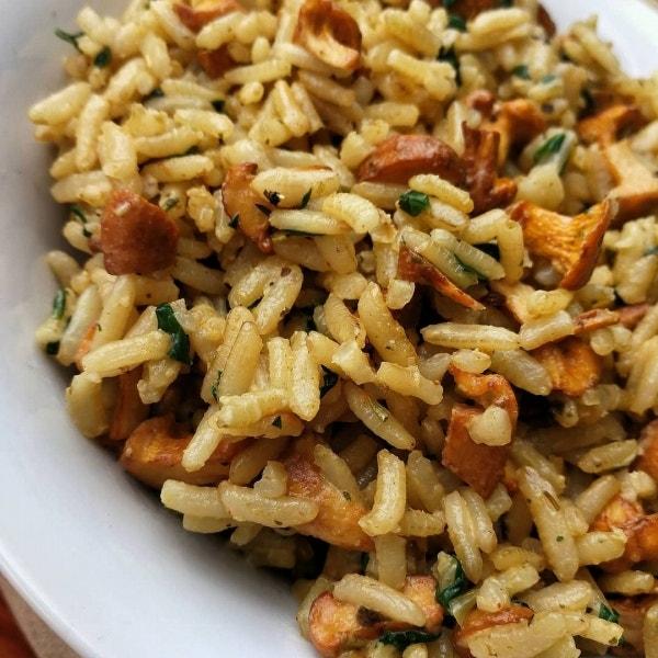 Pifferling-Spinat Reis mit Parmesan/Hefeflocken (vegan)