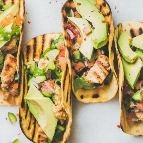 Avocado Hähnchen Tortillas