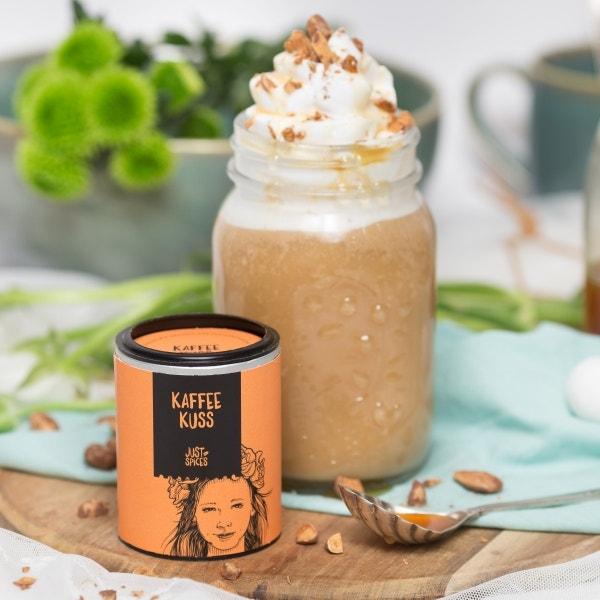 Karamell-Mandel-Latte