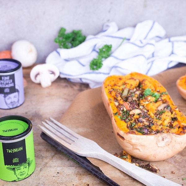 Gefüllter Butternusskürbis mit Quinoa