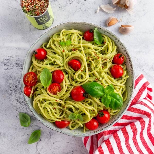 Spaghetti mit Avocado-Pesto