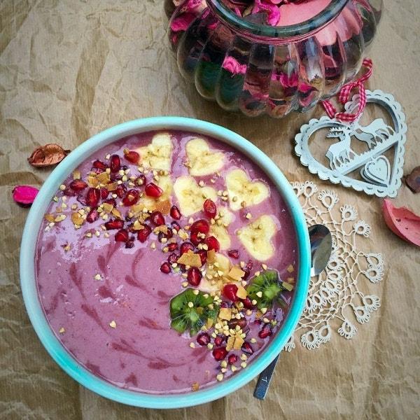 Himbeerliche Frühstücks Smoothie Bowl